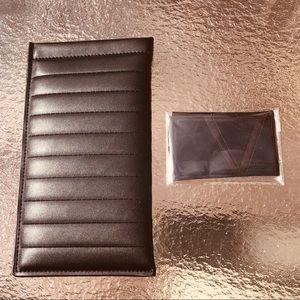 Victoria Beckham Leather sunglass/eyeglass case